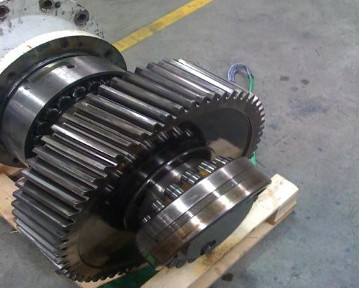 284a6_thumb-pfauter-large-helical-gear-007